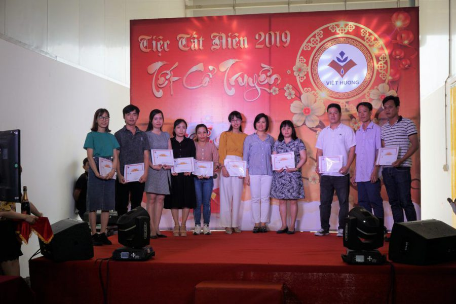 General Director give awards to the best employees in 2019
