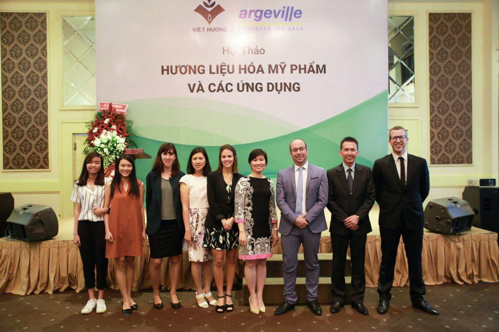 Việt Hương Tổ Chức Hội Thảo Chuyên Đề 2018