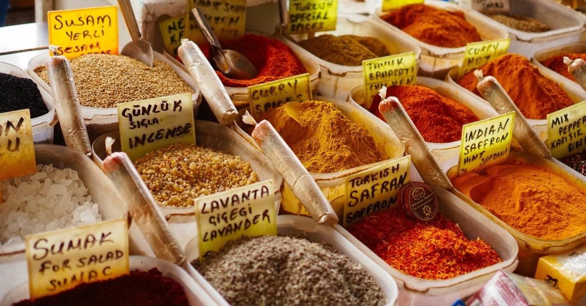 Hương liệu phụ gia là gì? Ứng dụng trong ngành công nghiệp thực phẩm